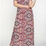 Sommermode für mollige Frauen; Von der Schulter bedrucktes Maxikleid Rot