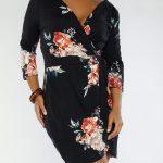 Große größe Schwarzes Mini Blumenkleid für mollige damen