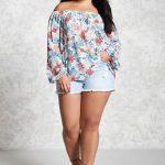Sommer Mode für Mollige Damen Blau Jeans Shorts Weiße Schulter Blumen Bluse