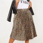 Faltenröcke Ideen für Mollige Frauen Leopard gemusterter Midirock aus schwarz Leder