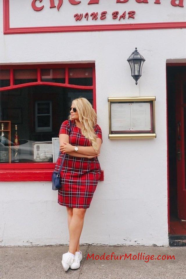 Mode für Fülligere Damen ist die Business Kleidung