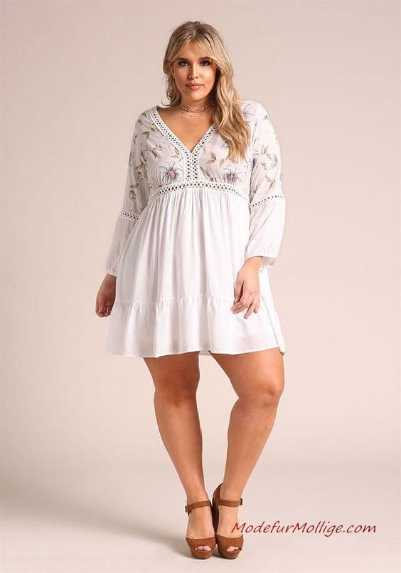 Weißes langärmliges, kurz Kleid mit V-Ausschnitt | Mode ...