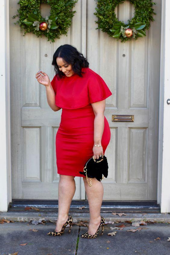 18 Rote Kleider für Frauen in Großen Größen